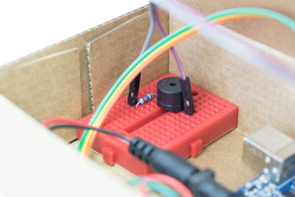 montaje caja de música robótica